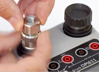 Порт давления калибратора DPI 611