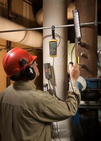 Измерительное оборудование Fluke на производстве