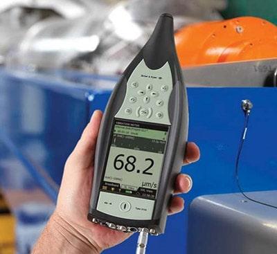Виброметр-анализатор спектра 2250-W