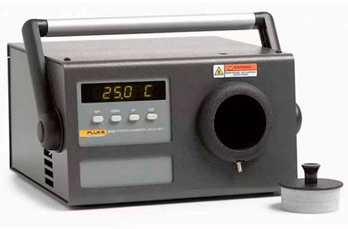 Fluke 9133 инфракрасный калибратор